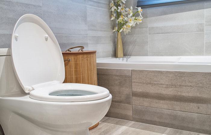 節水性能の高いトイレに交換する