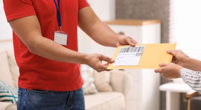 オリックス・クレジットはカードが郵送される