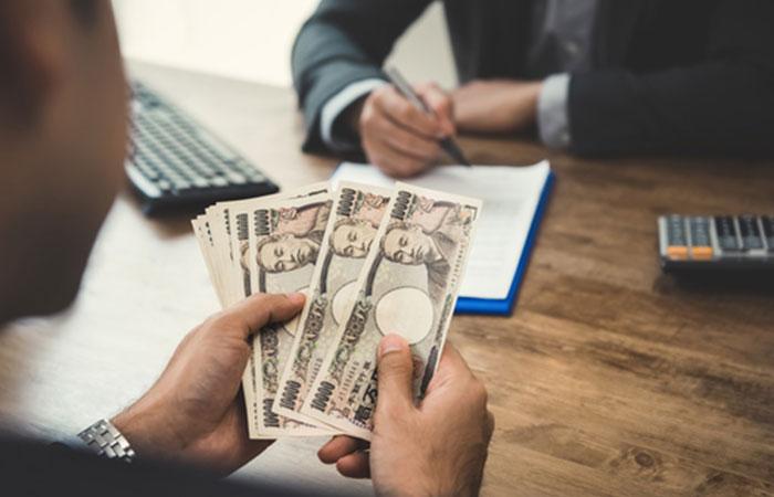 他社からの借り入れや破産経験のある方でも融資が受けられる